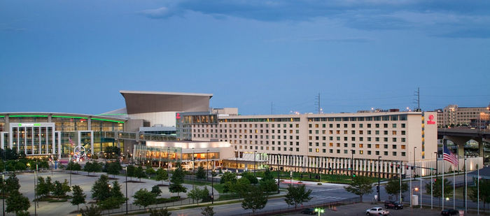 Hotel And Convention Center