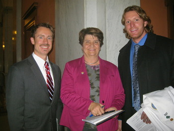 Ohio Acofp Member Jason Dapore Do State Sen Peggy Lehner And Simon Fraser Do After Testifying On Important Concussion Legislation In The Ohio Senate