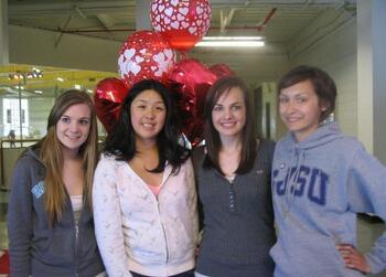 Caitlin Rogers, Katie Wang, Lauren Rogers and Kelley Grogan - 5-24-09